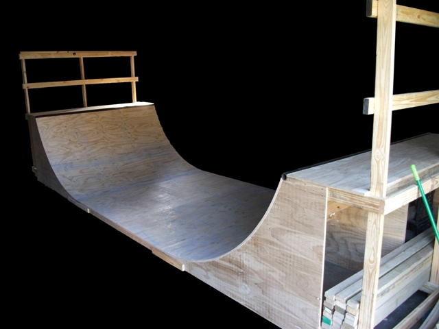 Skate ramps for sale. Halfpipe for sale Brisbane. How to build skate ramps. Free skate plans